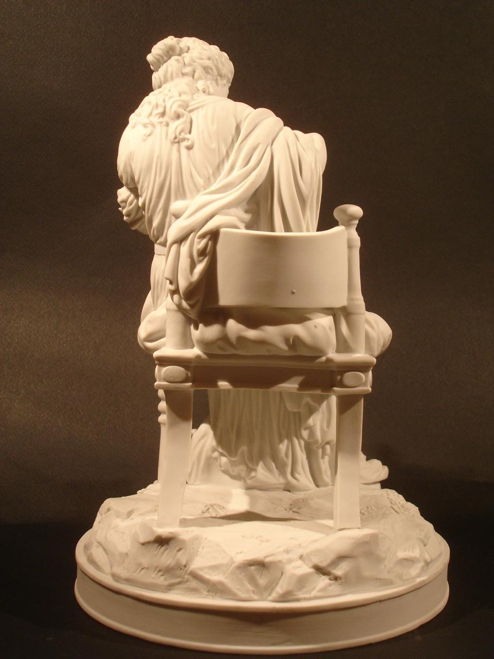 """""""L'amour retenu prisonnier."""" Vue de dos. Dimension : H 26 cm. Date : XIXe siècle. Catalogue d'antiquités Olivier Berni Intérieurs"""