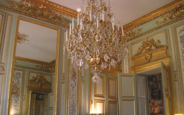 lustre salon cleopatre decoration palais elysees