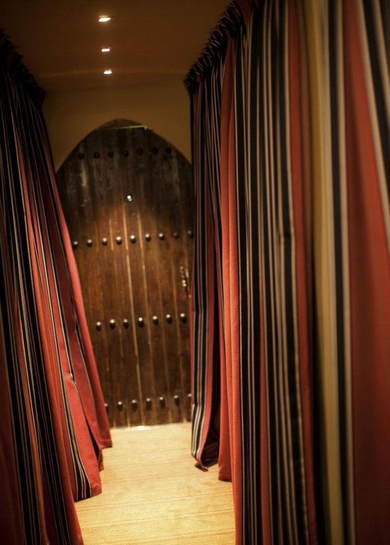 couloir Restaurant L'Arôme