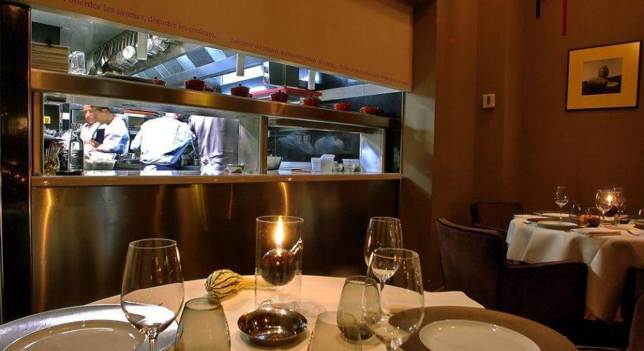 table 2 Restaurant L'Arôme