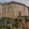 Chateau Suze la rousse histoire et décoration interieur 1
