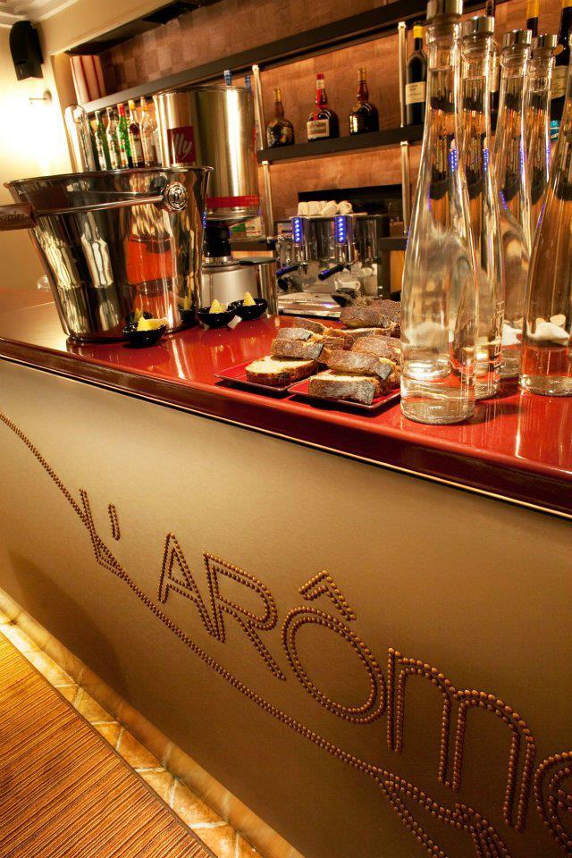Restaurant L'Arôme bar
