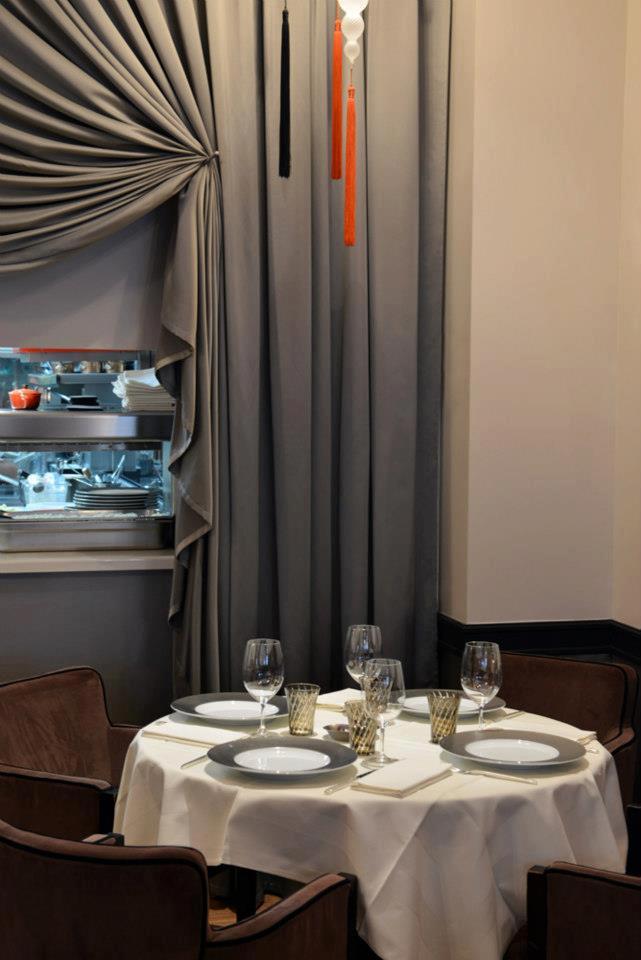 table Restaurant L'Arôme